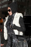 Madonna at the Kabbalah Centre, 12 January 2013 (3)