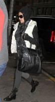 Madonna at the Kabbalah Centre, 12 January 2013 (5)