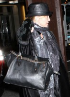 Madonna at the Kabbalah Center - 15 March 2013 (2)
