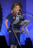 Madonna dressed up as boy scout at the GLAAD Media Awards - Anderson Cooper - Backstage (11)