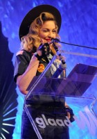 Madonna dressed up as boy scout at the GLAAD Media Awards - Anderson Cooper - Backstage (12)