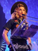 Madonna dressed up as boy scout at the GLAAD Media Awards - Anderson Cooper - Backstage (15)