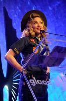 Madonna dressed up as boy scout at the GLAAD Media Awards - Anderson Cooper - Backstage - HQ (3)