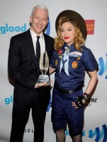 Madonna dressed up as boy scout at the GLAAD Media Awards - Anderson Cooper - Backstage - HQ (4)