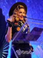 Madonna dressed up as boy scout at the GLAAD Media Awards - Anderson Cooper - Backstage (35)
