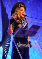 Madonna dressed up as boy scout at the GLAAD Media Awards - Anderson Cooper - Backstage (36)