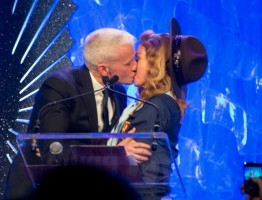 Madonna dressed up as boy scout at the GLAAD Media Awards - Anderson Cooper - Backstage - HQ (13)