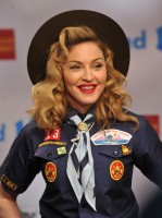 Madonna dressed up as boy scout at the GLAAD Media Awards - Anderson Cooper - Backstage - HQ (55)