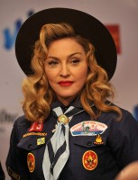Madonna dressed up as boy scout at the GLAAD Media Awards - Anderson Cooper - Backstage - HQ (57)