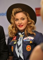 Madonna dressed up as boy scout at the GLAAD Media Awards - Anderson Cooper - Backstage - HQ (58)
