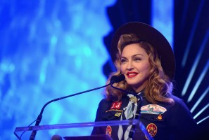 Madonna dressed up as boy scout at the GLAAD Media Awards - Anderson Cooper - Backstage - HQ (71)