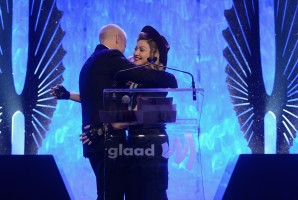 Madonna dressed up as boy scout at the GLAAD Media Awards - Anderson Cooper - Backstage - HQ (73)