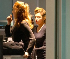 Madonna's new hairdo at JFK Airport in New York [24 March 2013] (1)