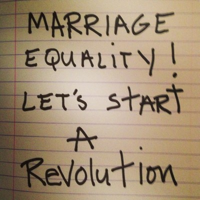20130327-pictures-madonna-instagram-marriage-equality