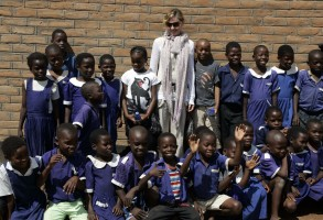 Madonna and family visiting Malawi - Mkoko Primary School - 2 April 2013 UPDATE (4)