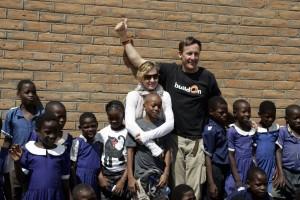 Madonna vistis Mkoko Primary School with family in Kasungu Malawi - 2 April 2013 (8)