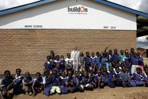 Madonna vistis Mkoko Primary School with family in Kasungu Malawi - 2 April 2013 (9)