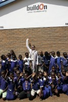 Madonna vistis Mkoko Primary School with family in Kasungu Malawi - 2 April 2013 (10)