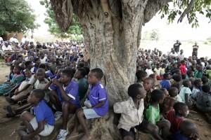 Madonna vistis Mkoko Primary School with family in Kasungu Malawi - 2 April 2013 (13)