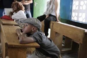 Madonna vistis Mkoko Primary School with family in Kasungu Malawi - 2 April 2013 (18)