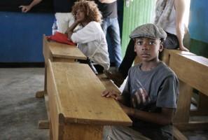 Madonna vistis Mkoko Primary School with family in Kasungu Malawi - 2 April 2013 (20)