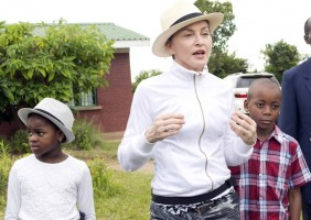 Madonna visits Mphandula Childrencare Centre in Namitete, Malawi - 5 April 2013 (1)
