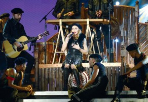 MDNA Tour Backstage - Backstage Latinoamérica (9)