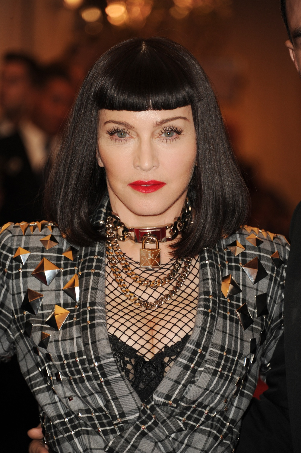 20130507-pictures-madonna-met-gala-moma-