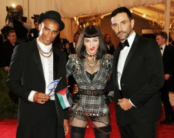 Madonna attends the Met Gala in New York - 6 May 2013 - Punk (6)
