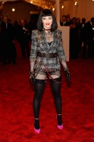 Madonna attends the Met Gala in New York - 6 May 2013 - Punk (9)