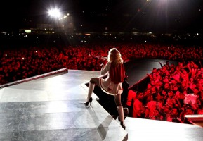 Official MDNA Tour EPIX Promo Pictures (7)