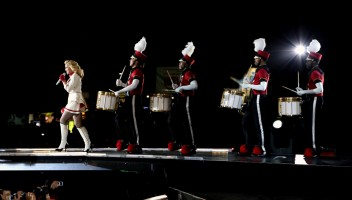Official MDNA Tour EPIX Promo Pictures (9)