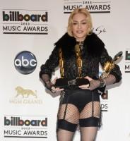 Madonna at the Billboard Music Awards Press Room - 19 May 2013 (24)