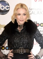 Madonna at the Billboard Music Awards Press Room - 19 May 2013 (26)