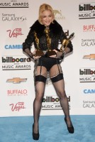 Madonna at the Billboard Music Awards Press Room - 19 May 2013 (28)