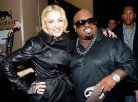 Madonna backstage at the Billboard Music Awards - 19 May 2013 (17)
