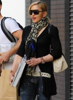 Madonna Out and About in New York - 29 May 2013 (5)