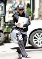 Madonna at the Kabbalah Centre in New York - 22 June 2013 (4)