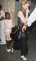 Madonna out and about in Manhattan - 28 June 2013 (4)