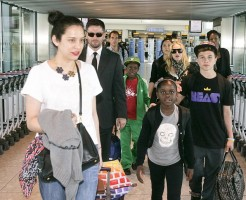 Madonna arrives at Heathrow Airport in London - 19 July 2013 (3)