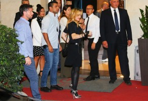 Madonna at the Hard Candy Fitness Centre, Rome - 21 August 2013 (3)