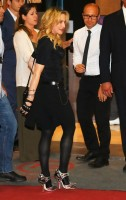 Madonna at the Hard Candy Fitness Centre, Rome - 21 August 2013 (4)