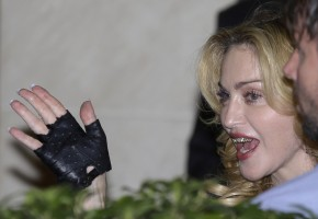 Madonna at the Hard Candy Fitness Centre, Rome - 21 August 2013 (13)