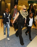Madonna arrives at JFK airport in New York - 3 September 2013 (2)