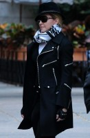 Madonna at the Kabbalah Centre in New York - 12 October 2013 (6)