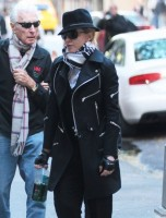 Madonna at the Kabbalah Centre in New York  - 12 October 2013  (14)