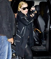 Madonna arrives at JFK airport, New York - 14 October 2013 (4)