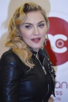 Madonna attends the Hard Candy Fitness Grand Opening in Berlin - 17 October 2013 - Pictures (4)