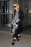 Madonna leaves JFK Airport, New York - 18 November 2013 (2)