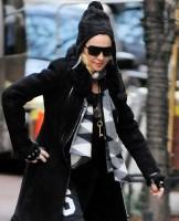 Madonna at the Kabbalah Center in New York - 30 November 2013 (2)
